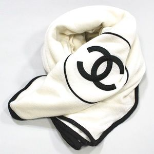 CHANEL 2019 Large Cashmere CC White Wrap Scarf